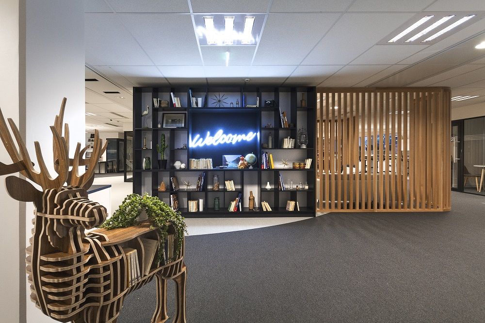 Direct Energie réalisation Artdesk Group ©ArtdeskGroup Contact presse Laurence Barthe